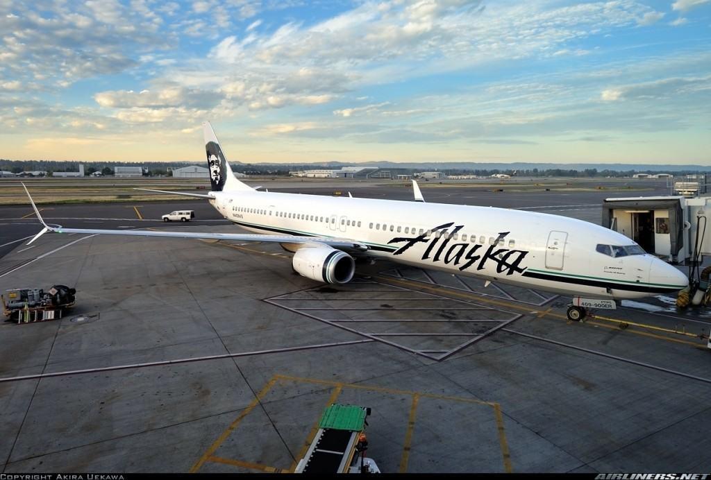 2737133 Alaska Airlines