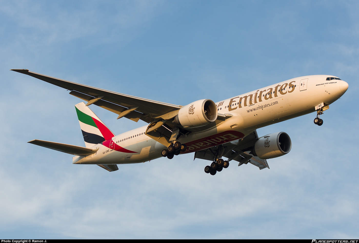 Emirates expands with two new cities in PRC