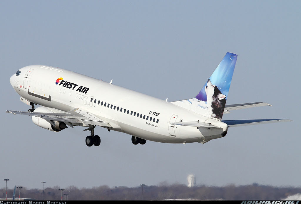 Boeing 737-406(C) of First Air develops strong odour upon departure from Montreal