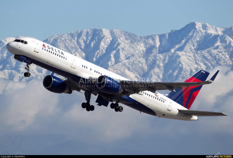 Pilot explains why the Boeing 757 is unique