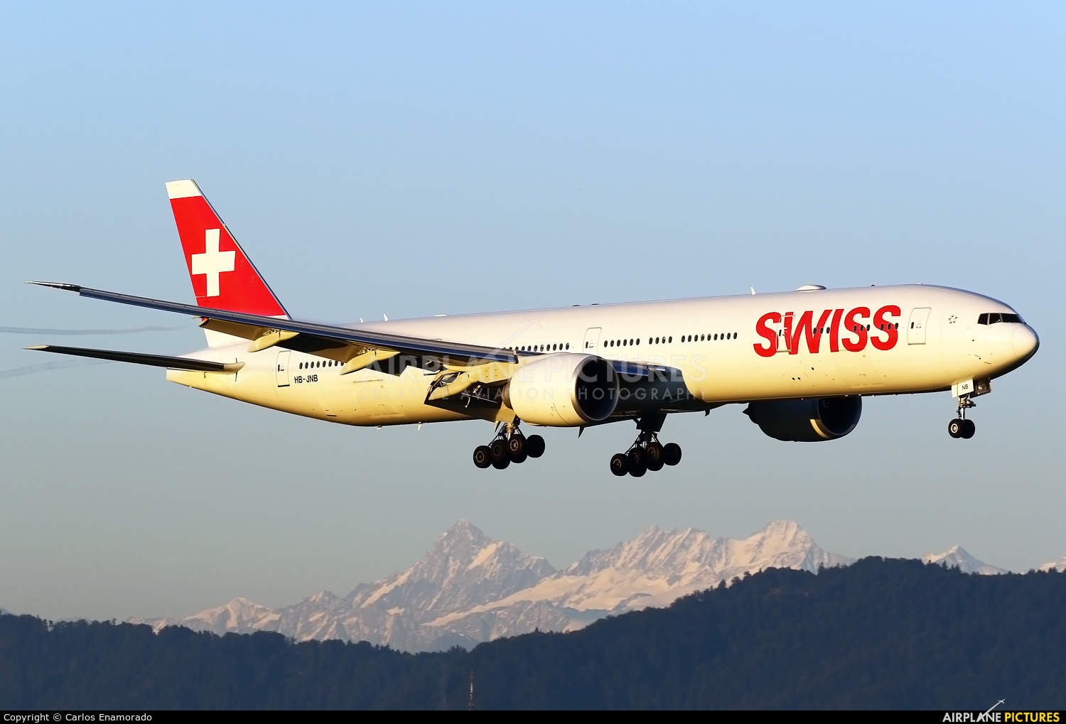 Swiss International Air Lines orders extra Boeing 777-3DE(ER)