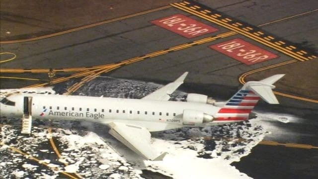 American Eagle plane hits Deer during take-off roll at Charlotte