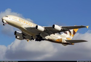 A6-APA-Etihad-Airways-Airbus-A380-800_PlanespottersNet_582501