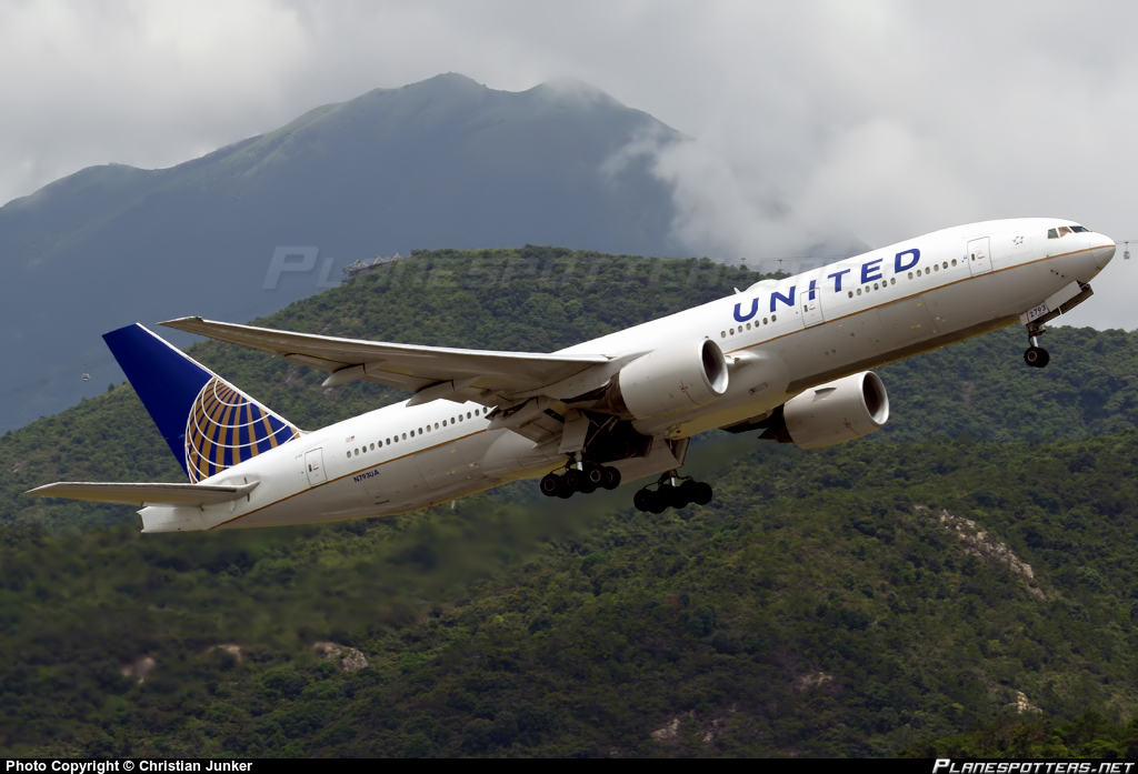 Muslim woman forced off United Airlines flight