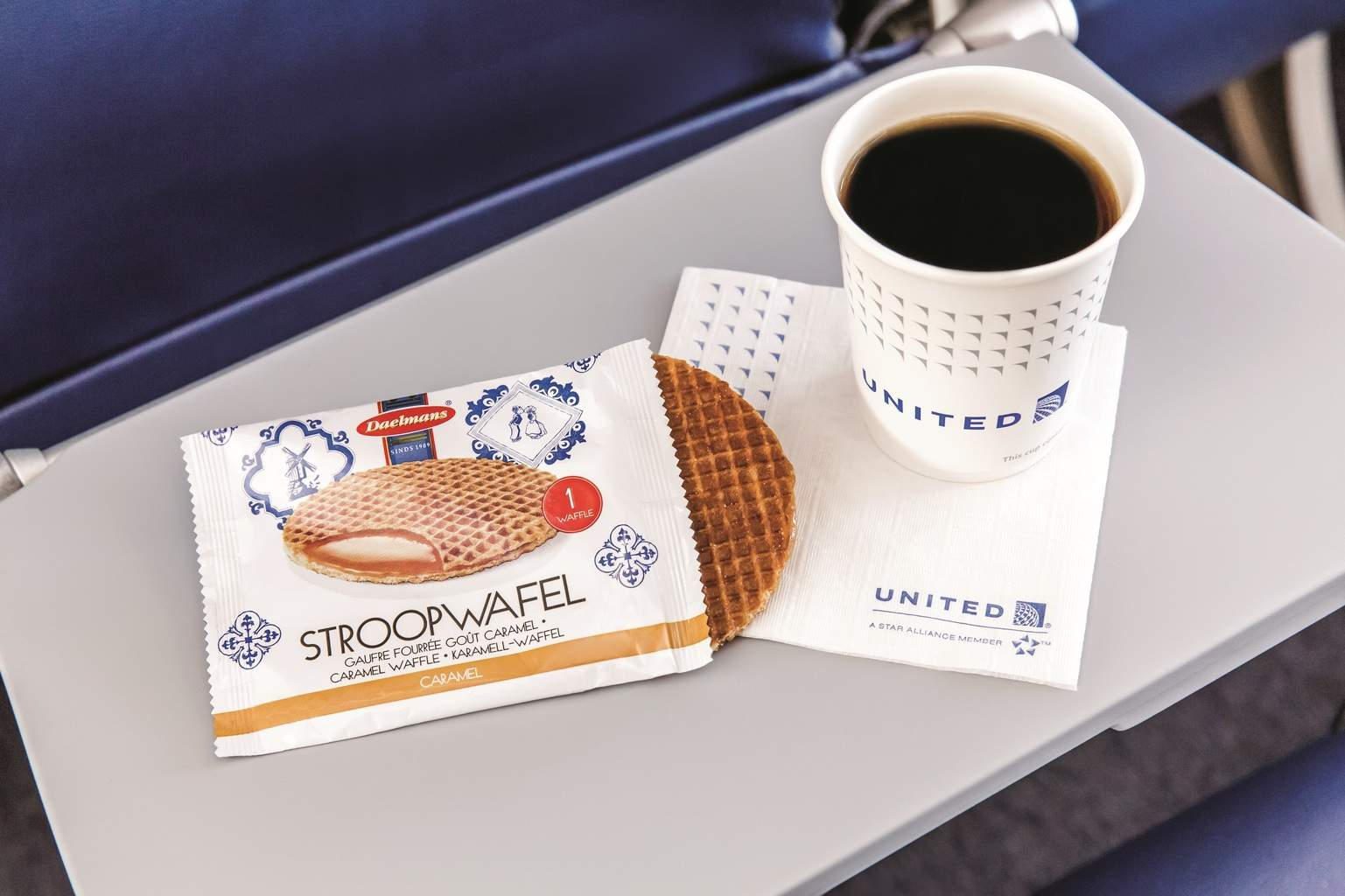 United Airlines brings back free snacks to Economy