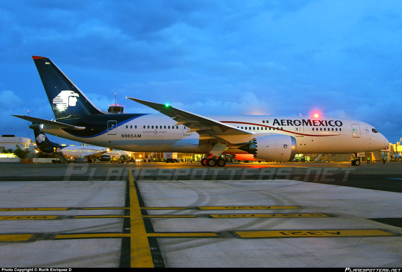 Pope to fly on Dreamliner of Aeroméxico