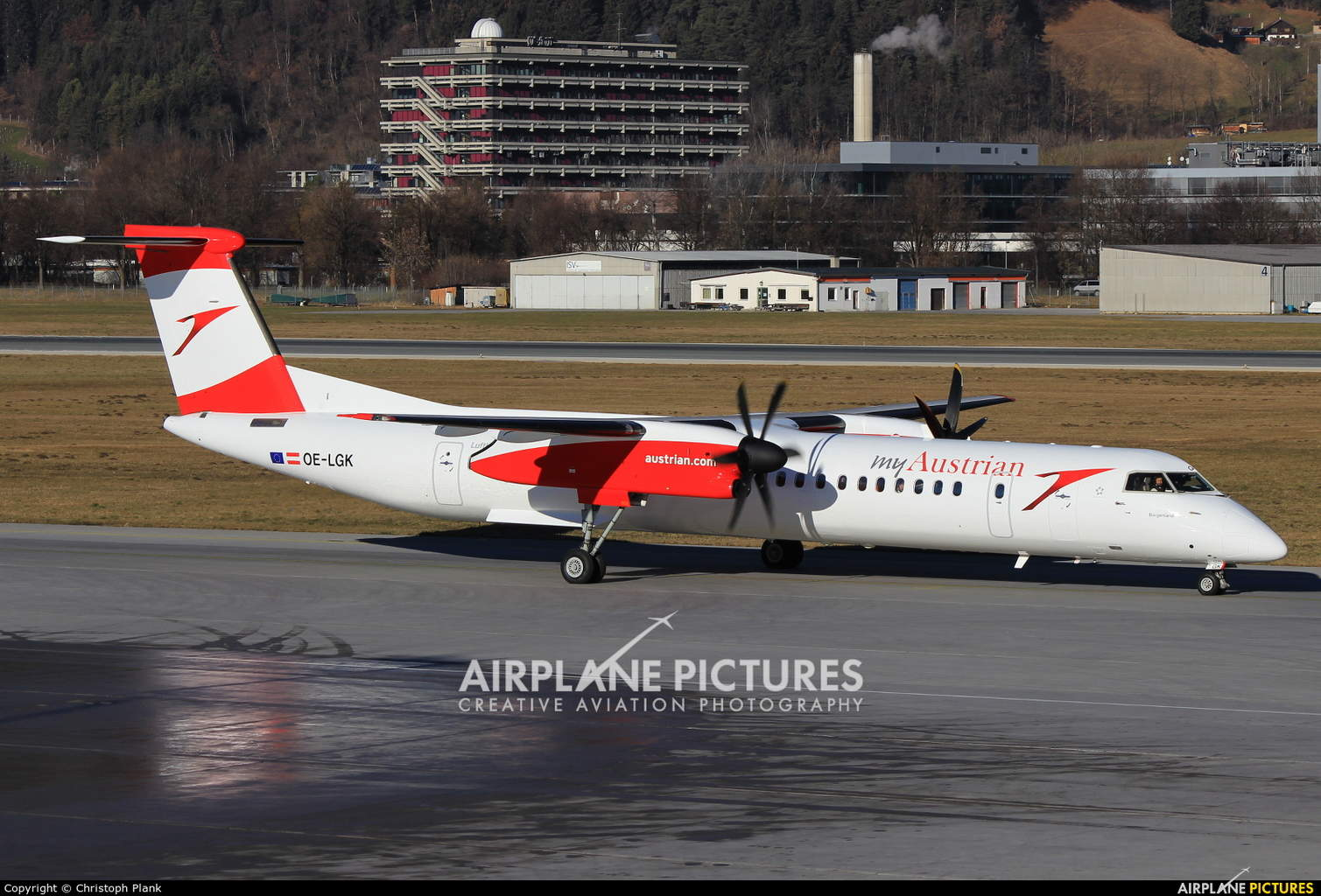 """Austrian Airlines drops controversial """"My"""" in new livery"""