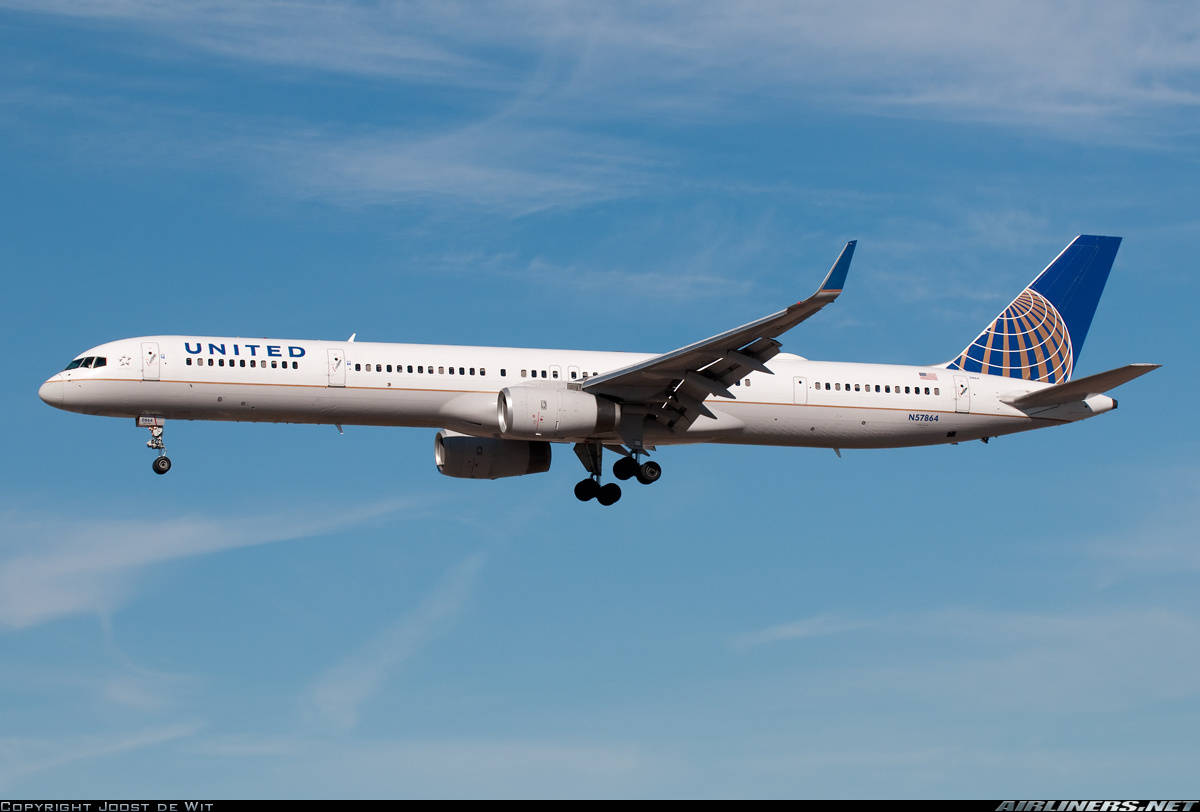 United Airlines will operate the 757-300 out of DCA