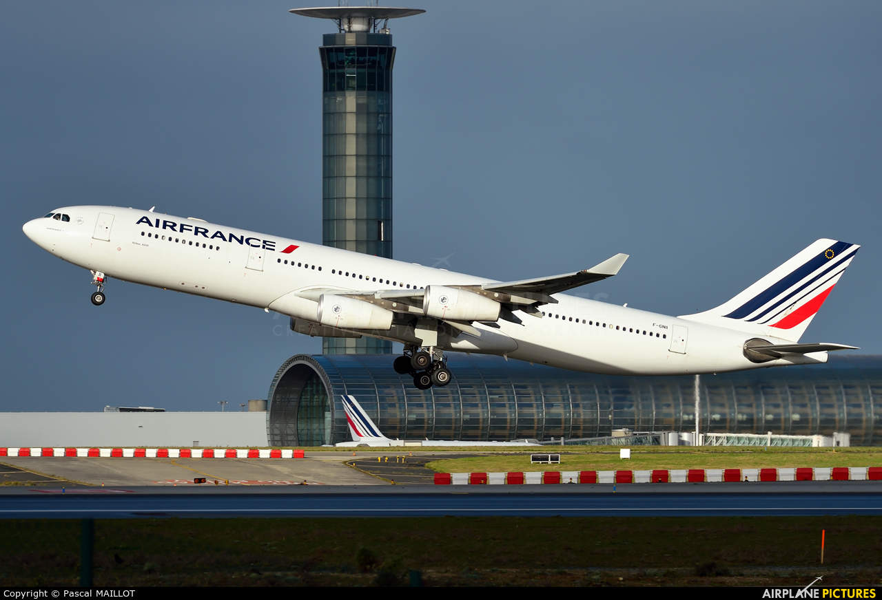 Air France-KLM posts first profit in 6 years