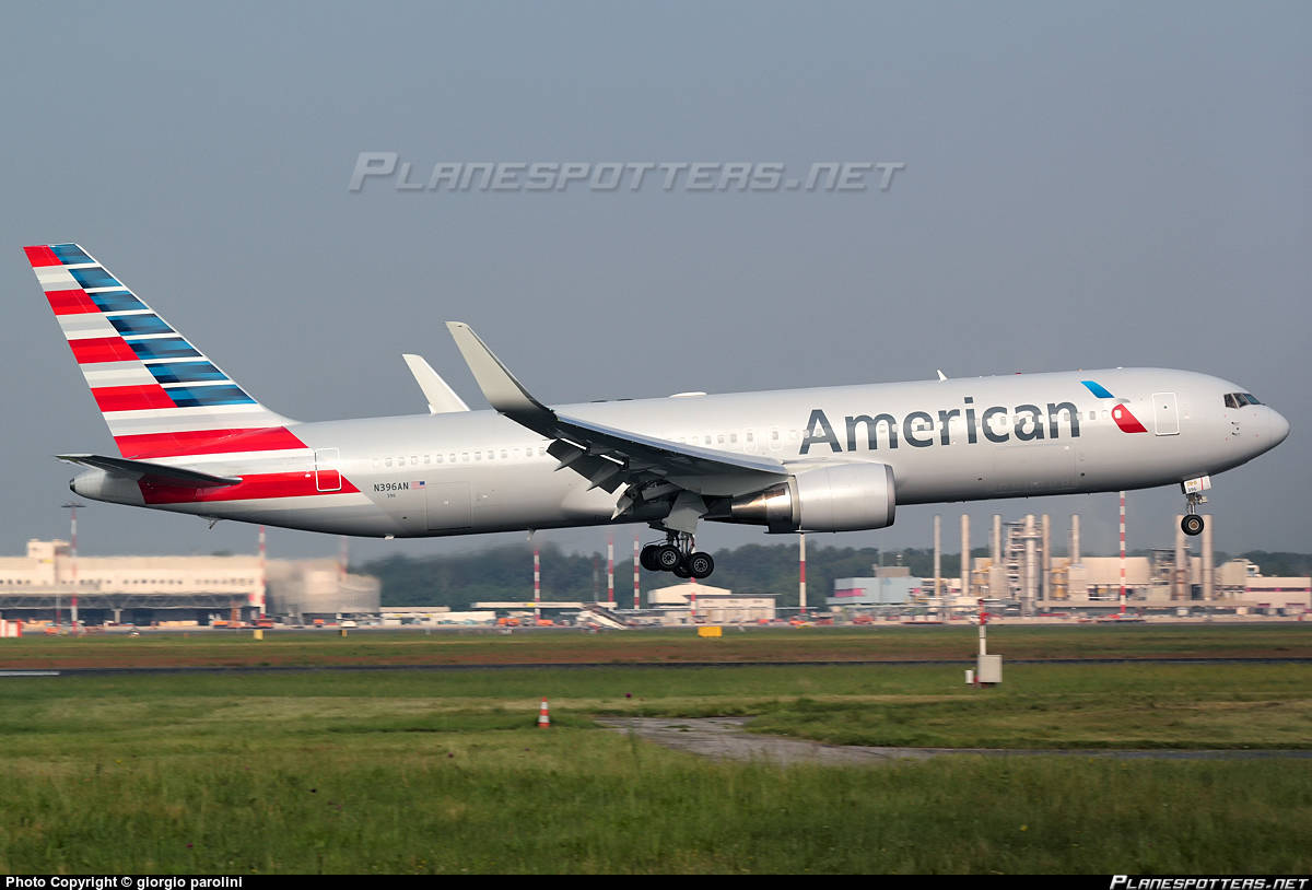 AA-87 shuts down engine during climb out