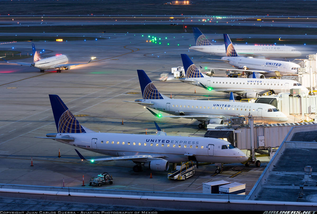 Severe storm grounds flights at George Bush Intercontinental