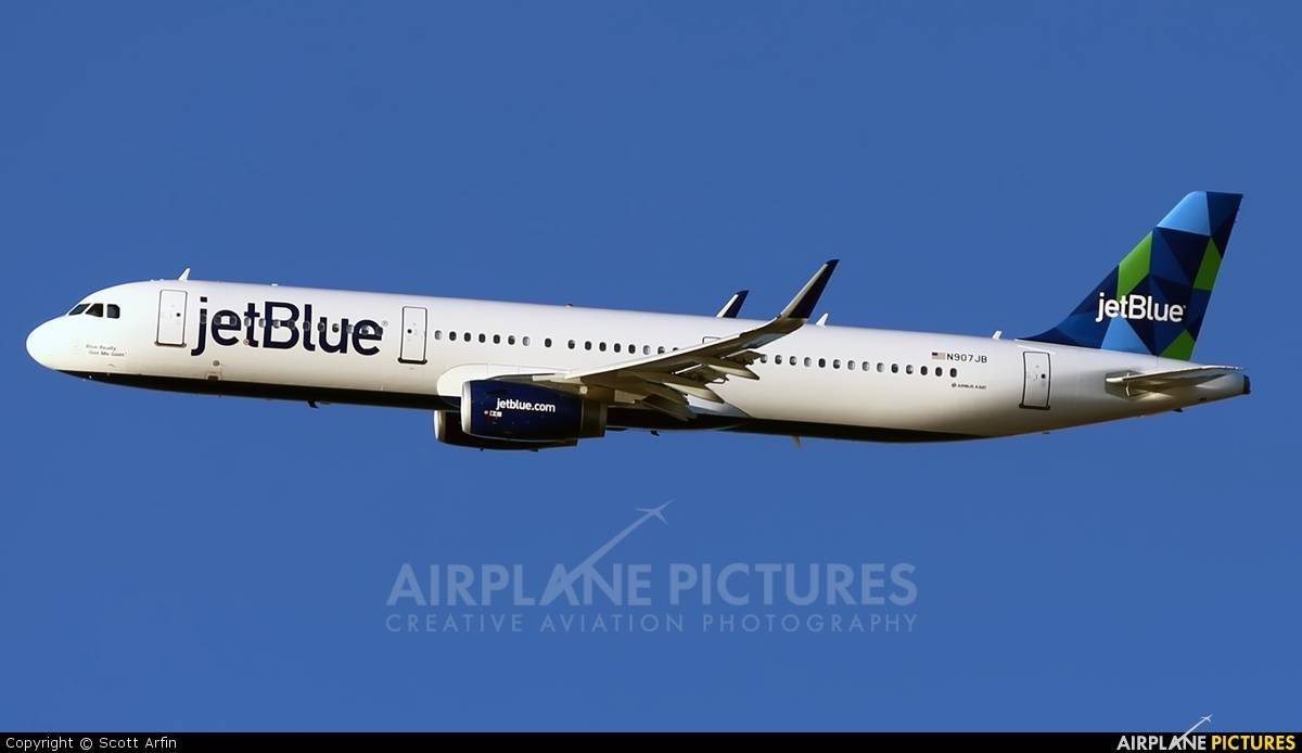 jetBlue looking into Airbus A321LR