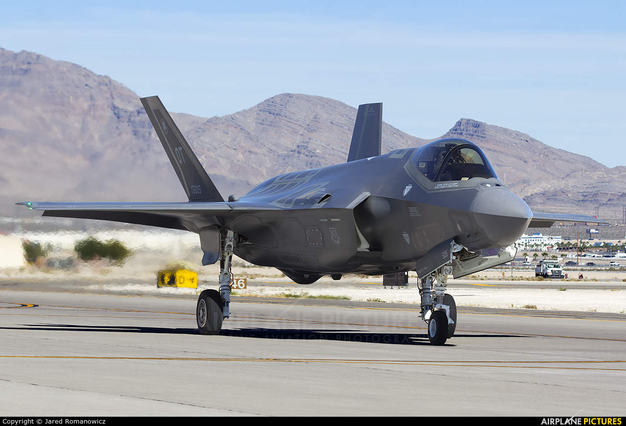 F-35 blasted by lawmakers because of failures
