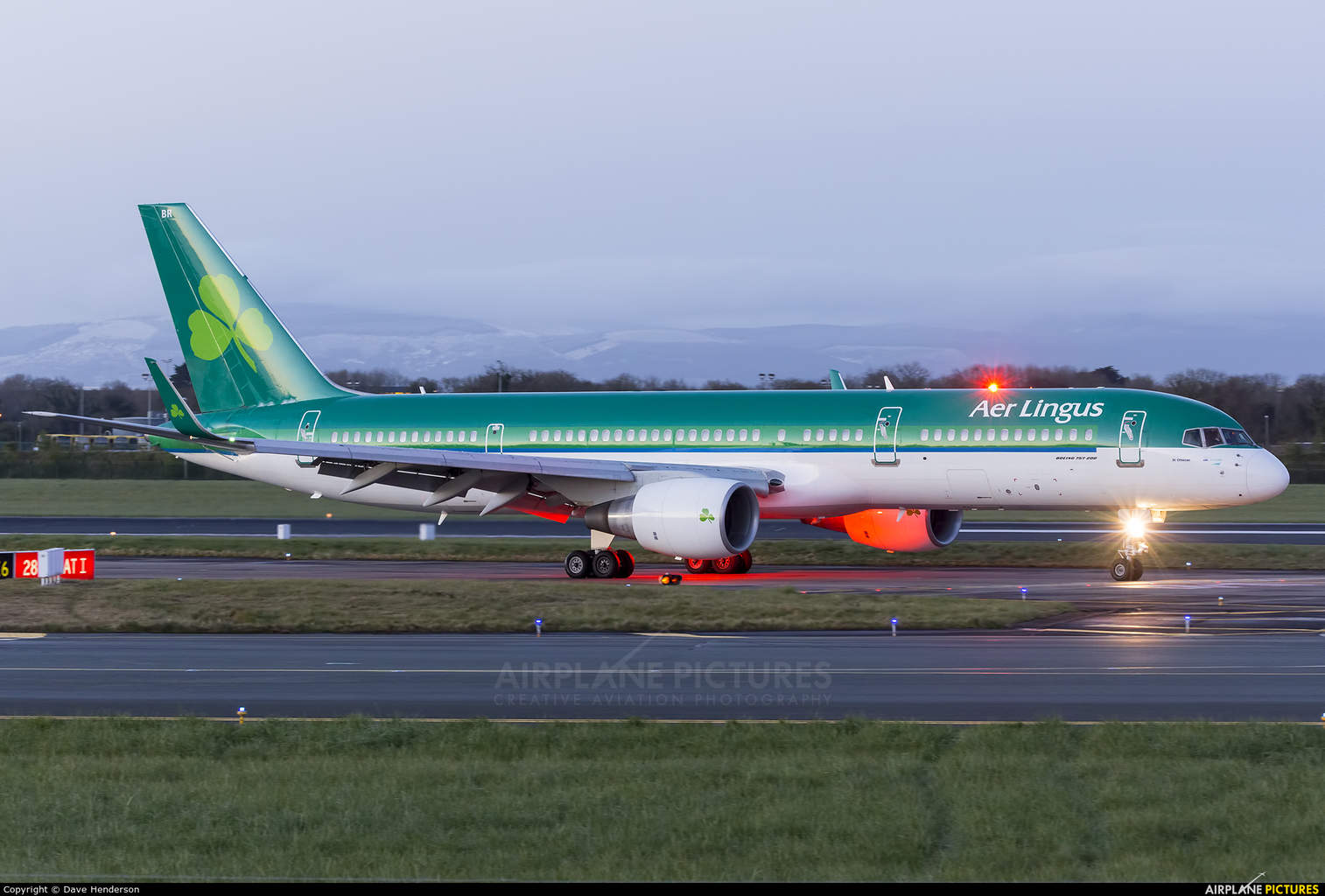 Aer Lingus reveals new hard product for 757 fleet