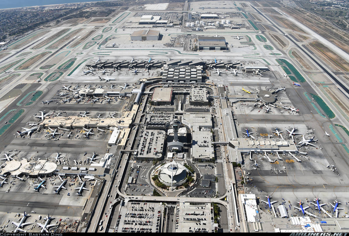LAX has one of the longest taxi times among US airports