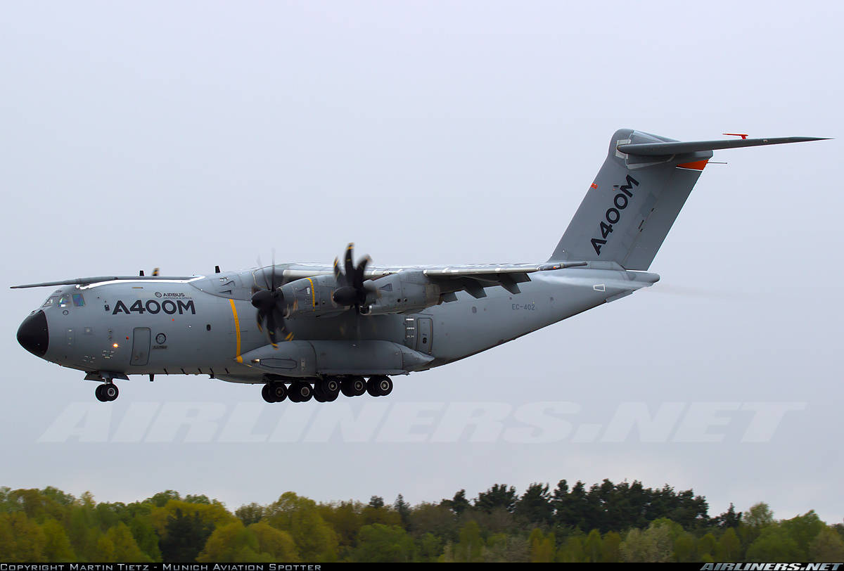 Airbus finds cracks in A400M