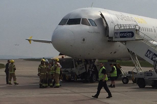 Vueling plane gets involved in ground incident at Manchester