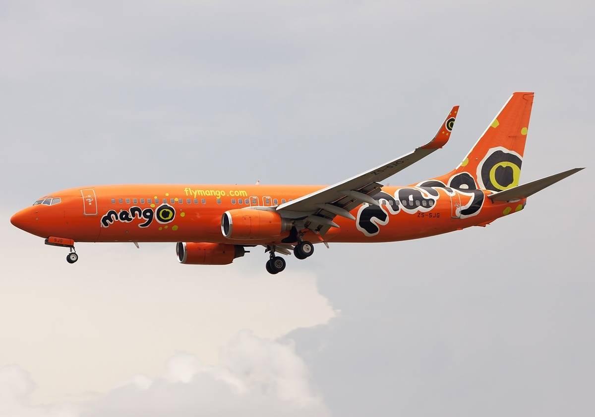 Mango Boeing 737-8BG(WL) shuts down engine inflight