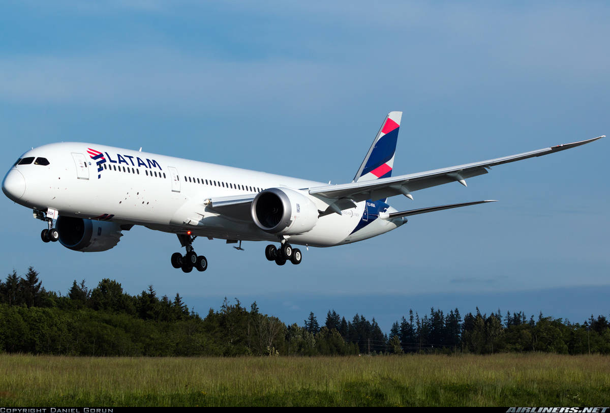 LATAM minimizes Airbus A350 and Boeing 787 orders