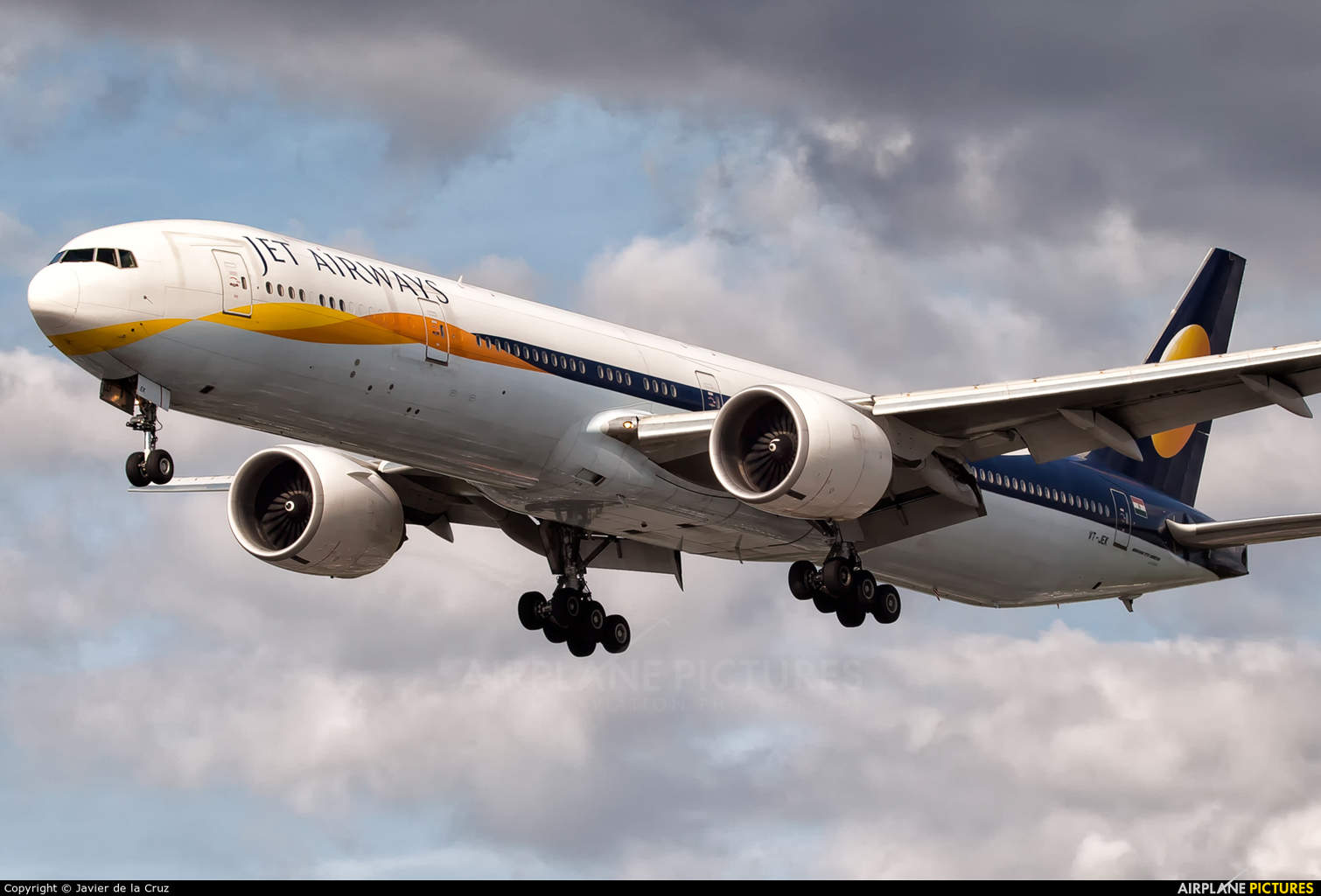 Jet Airways takes back all six 77Ws from Etihad