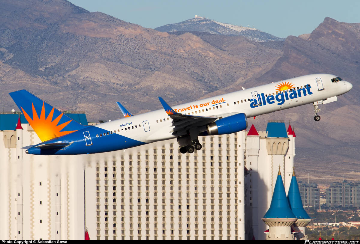 Allegiant Boeing 757-200 burst tire on take-off