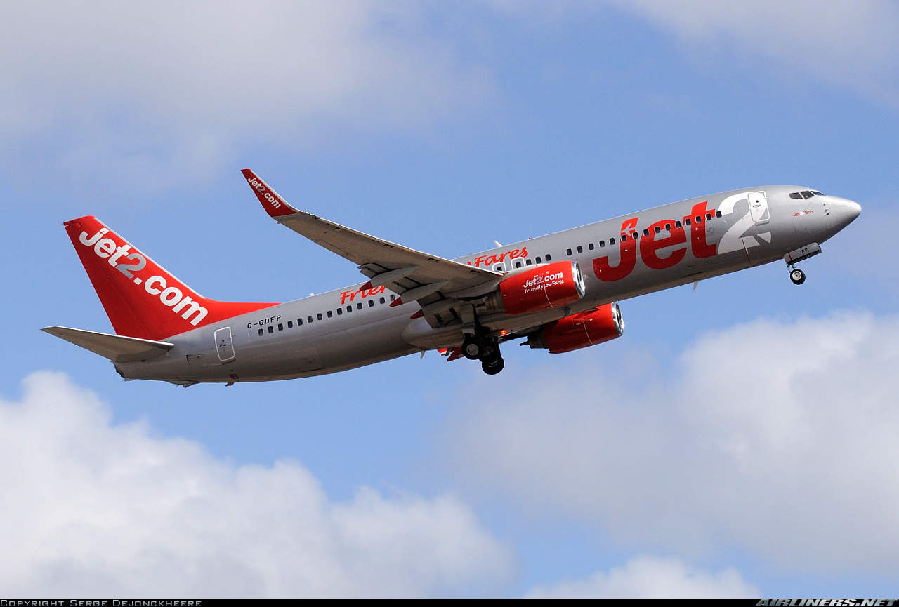 Jet2 Boeing 737-8Z9(WL) has pitch control problems