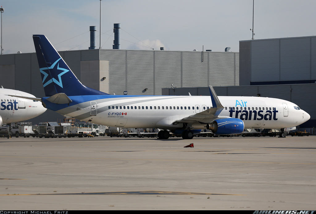 Air Transat Boeing 737-8AS(WL) returns to Puerto Plata because of stuck flaps
