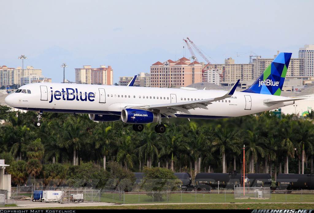 jetBlue orders 15 extra Airbus A321CEOs and 15 extra A321NEO(LR)