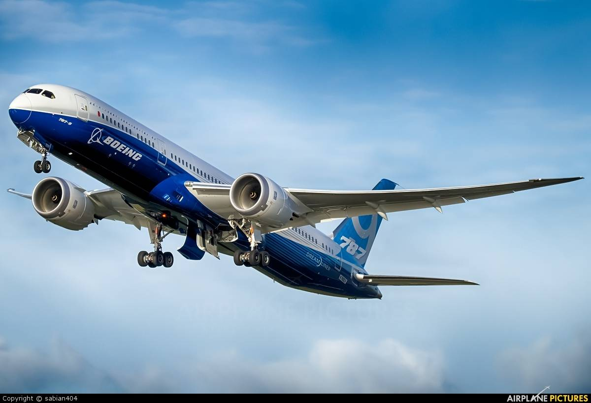 Boeing set to win 3.5B$ (per list price) in 737MAX and 787 Dreamliner orders