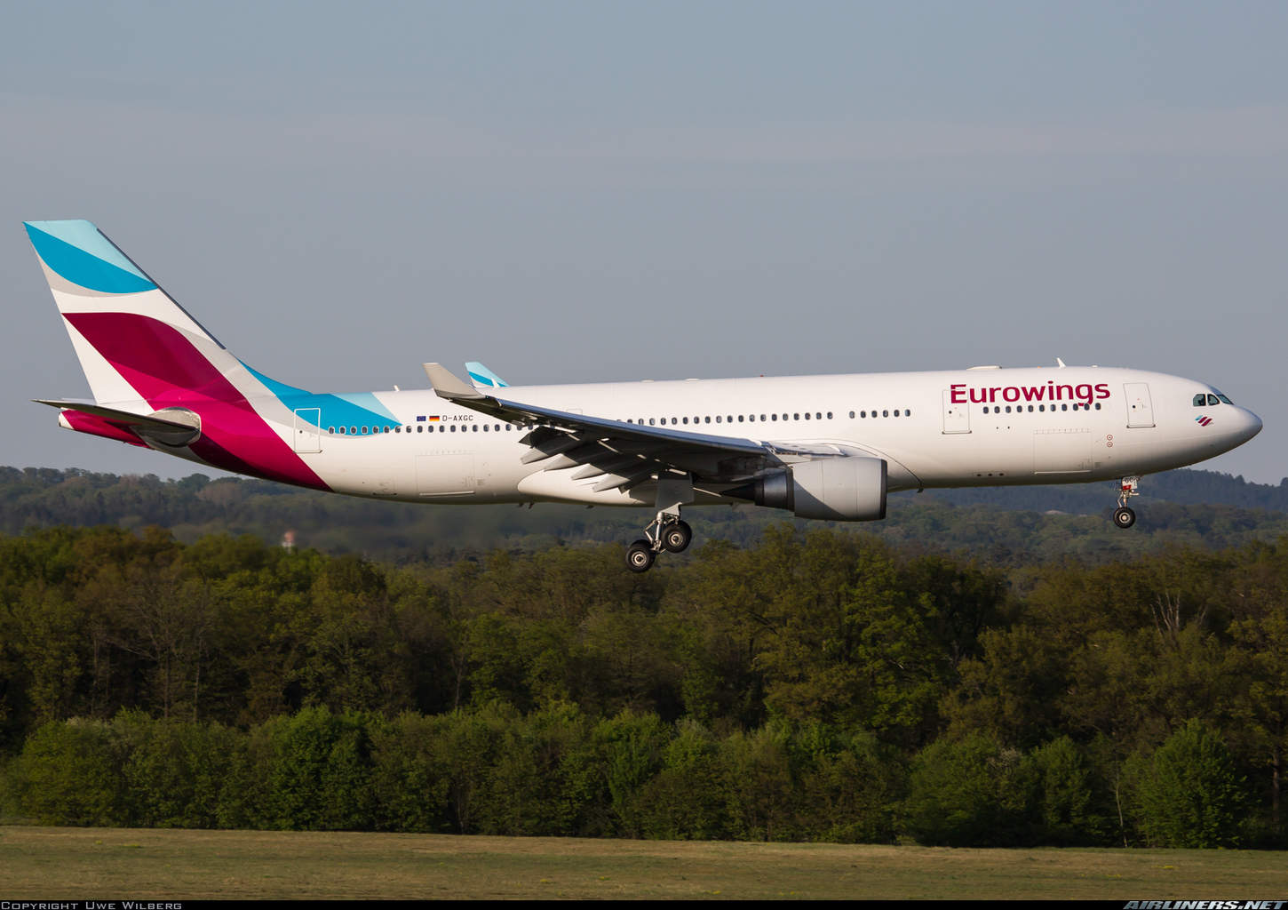 Lufthansa looking into purchasing routes from Air Berlin for Eurowings