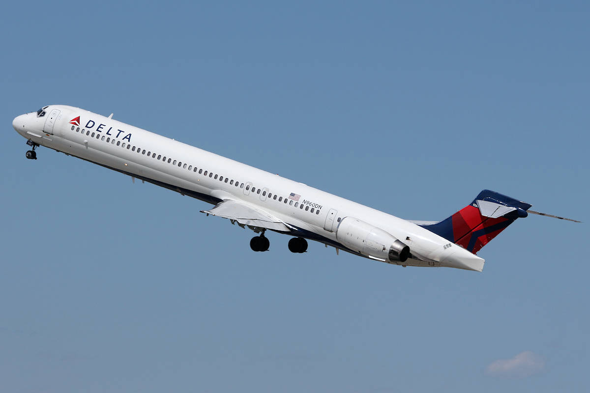 US airline stocks drop after downgrade