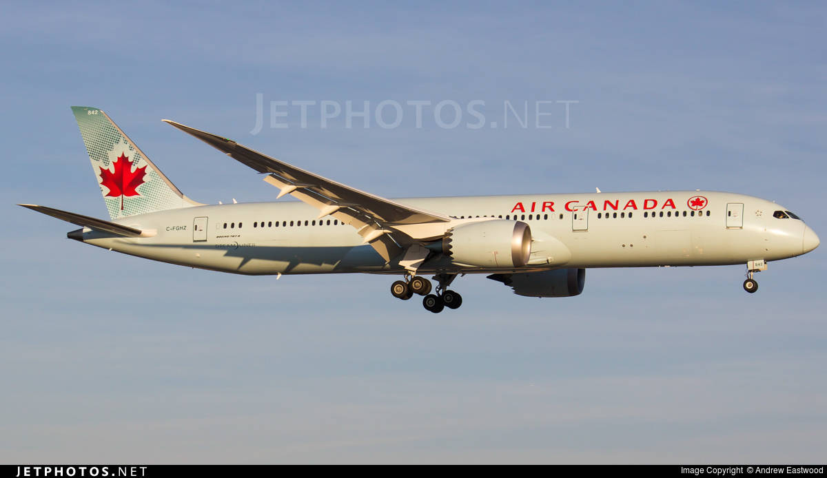 Air Canada Boeing 787-9 has cabin pressurization problems, returns to Toronto Pearson