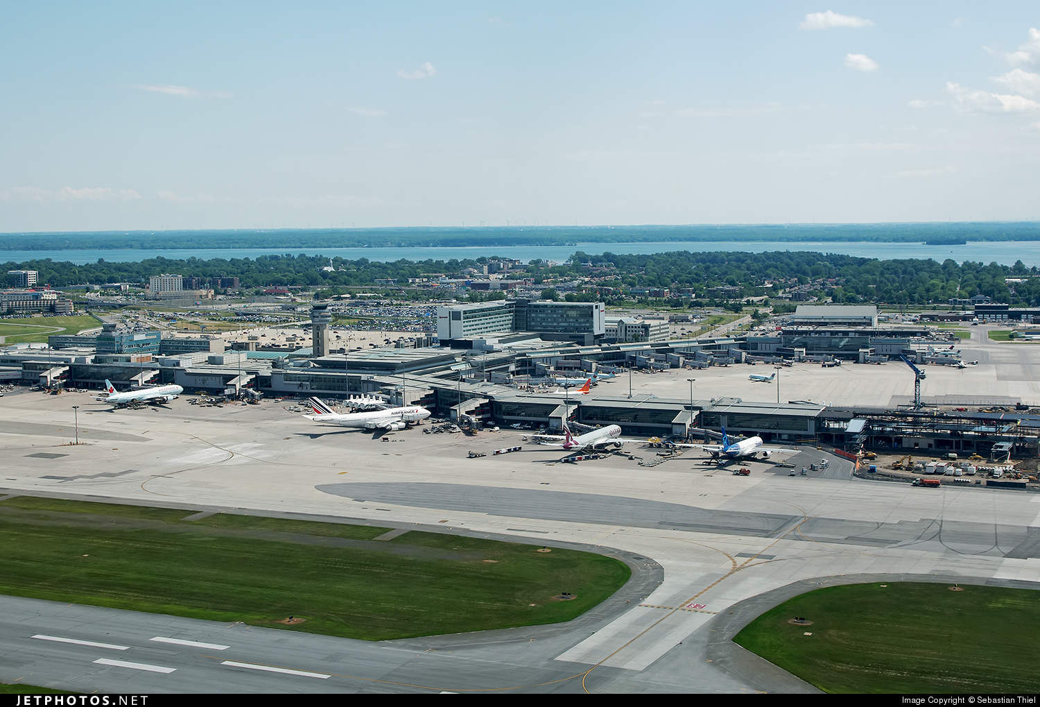 Minor delays caused by power outage at Montréal Pierre Elliot Trudeau Intl