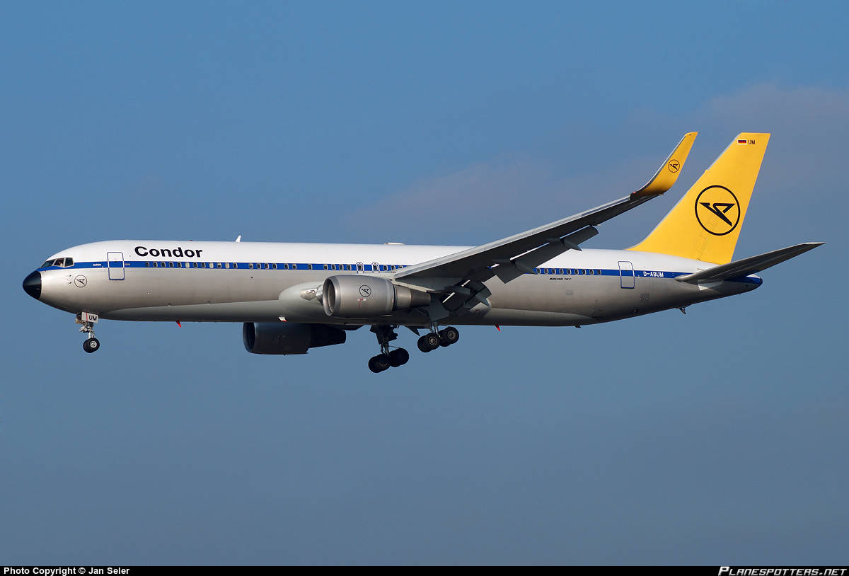 Condor Boeing 767-31B(ER)(WL) suffers hydraulic failure