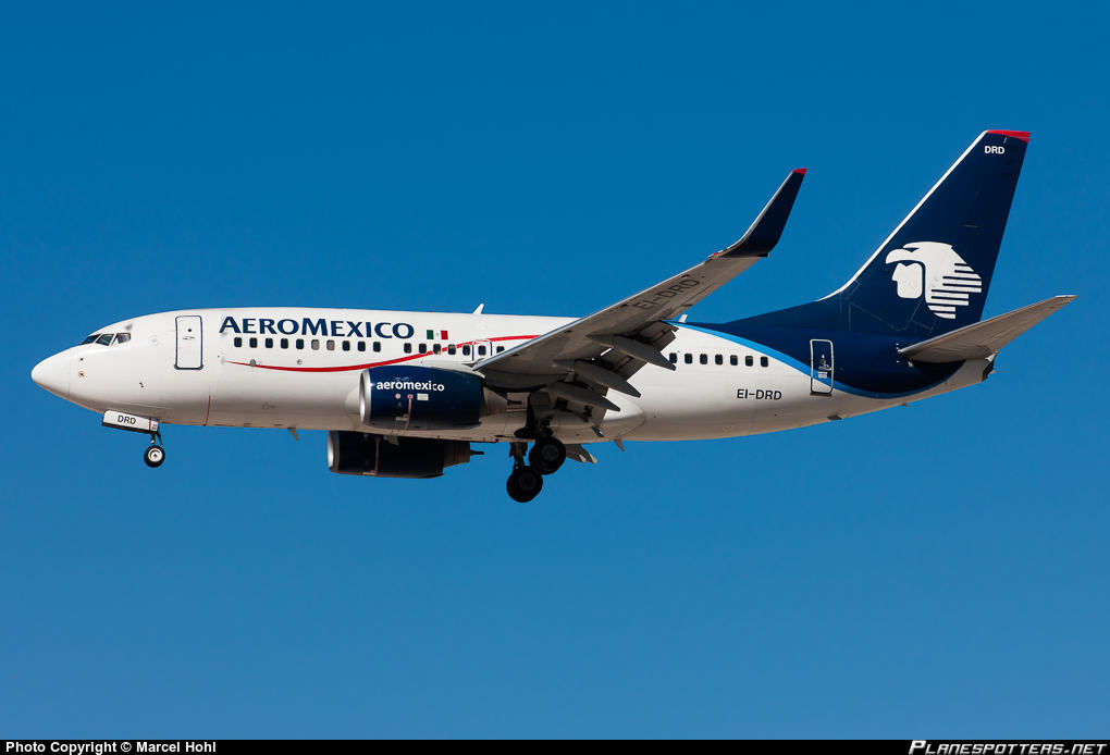 AeroMéxico Boeing 737-752(WL) cleared for take-off despite having an Interjer A320 on the runway