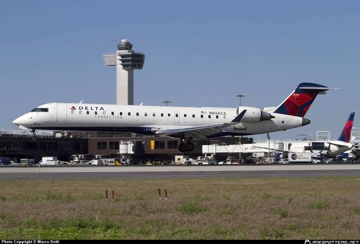 Delta Connection (operated by GoJet) CL-600-2C10 diverts to Richmond,VA