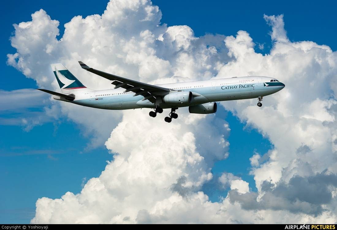 Lower profits at Cathay Pacific