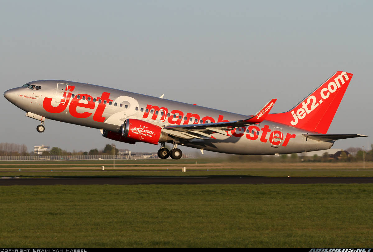 Jet2 to hire over 1 000 employees