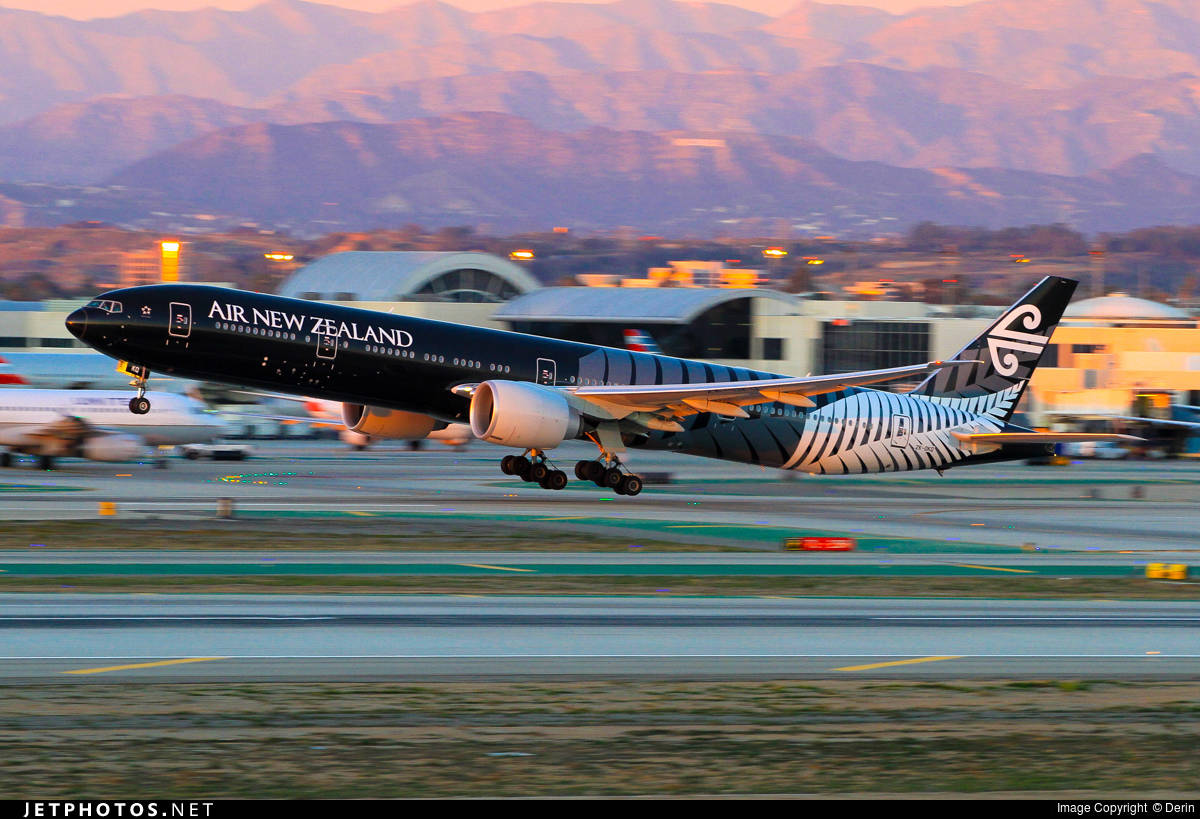 """Air New Zealand removes """"SpaceSeat"""" from its 77W fleet"""