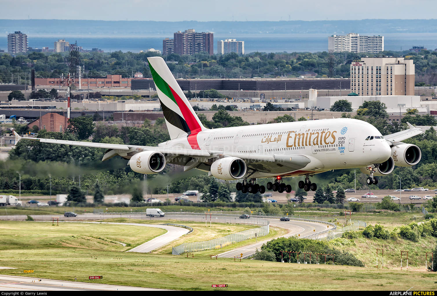 Emirates pilot grounded after refusing to take alcohol & drug test