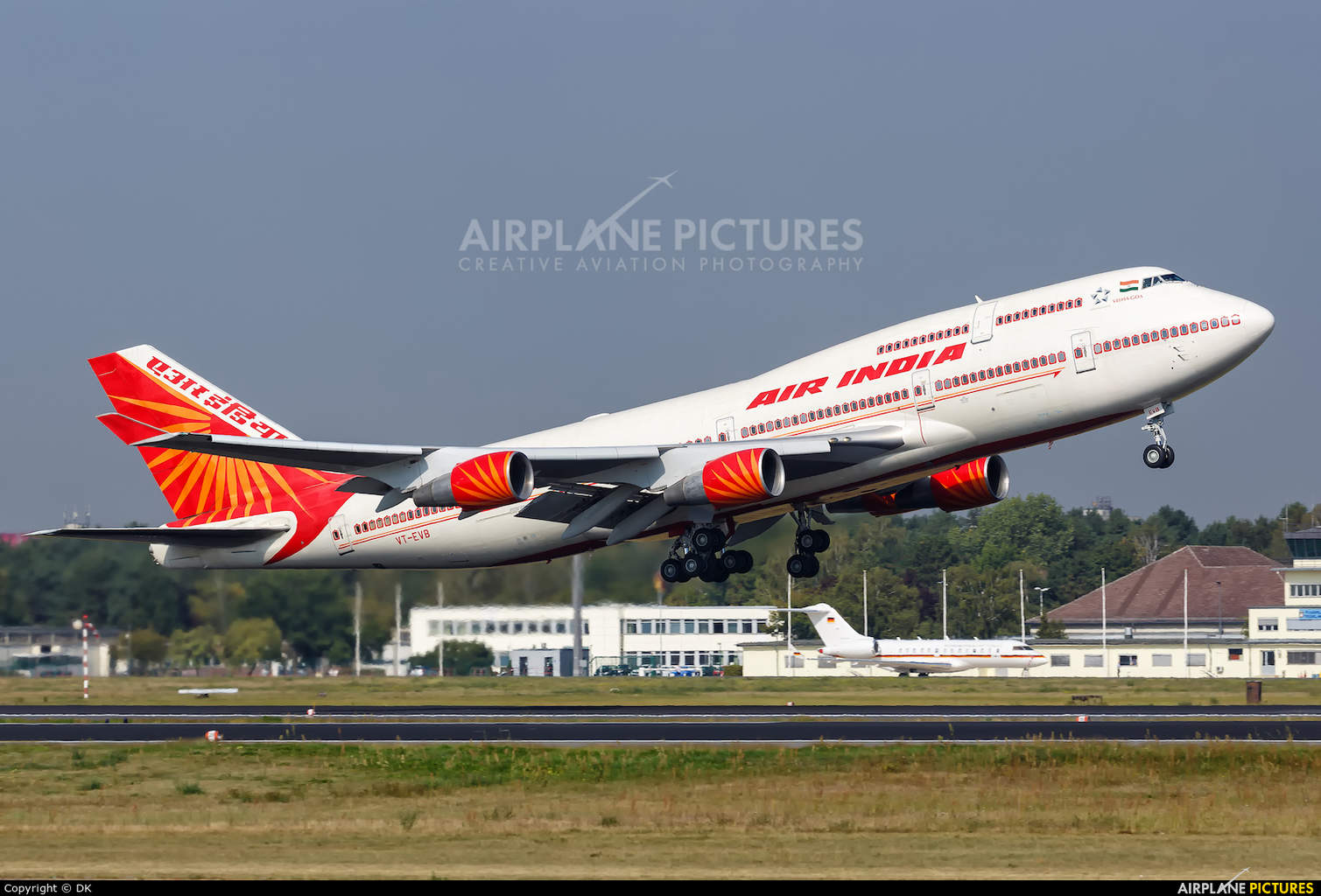 Air India looking to expand with Toronto and Washington D.C.