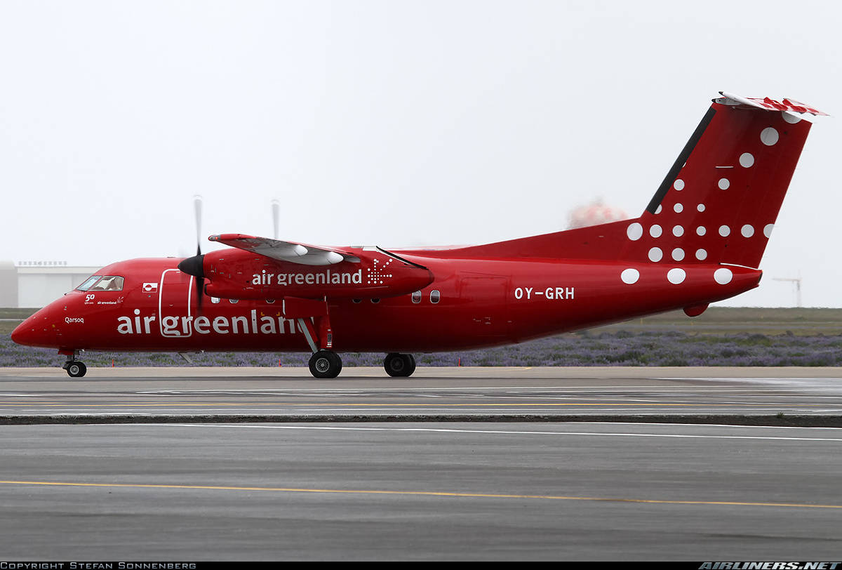 Air Greenland Dash8 guides private Cessna to safety