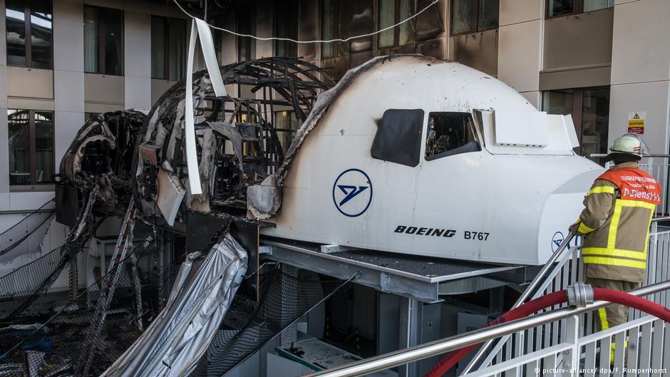 Boeing 767 Simulator Of Condor Catches Fire At Franfurk Intl