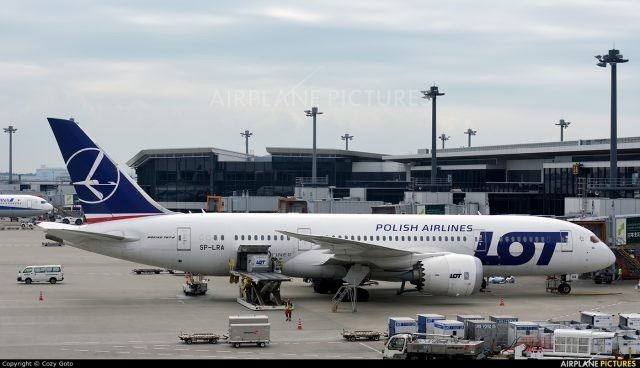 LOT Polish Airlines leases 3 Boeing 787-9 Dreamliners from ACG