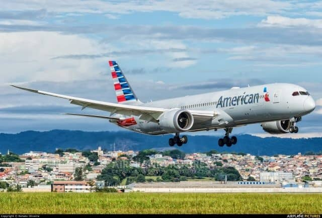 American Airlines pilots disappointed that CEO Doug Parker did not meet with President Trump